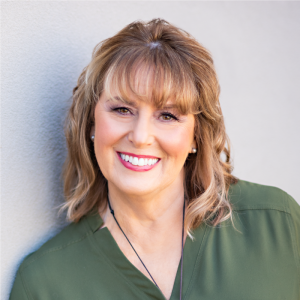 Lisa McGuire, Business Storyteller, StoryBrand Certified Guide